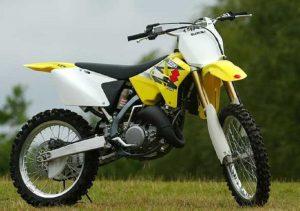 Pot echappement Suzuki RM 125 (2004)