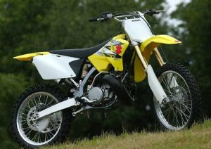 Pot echappement Suzuki RM 250 (2004)